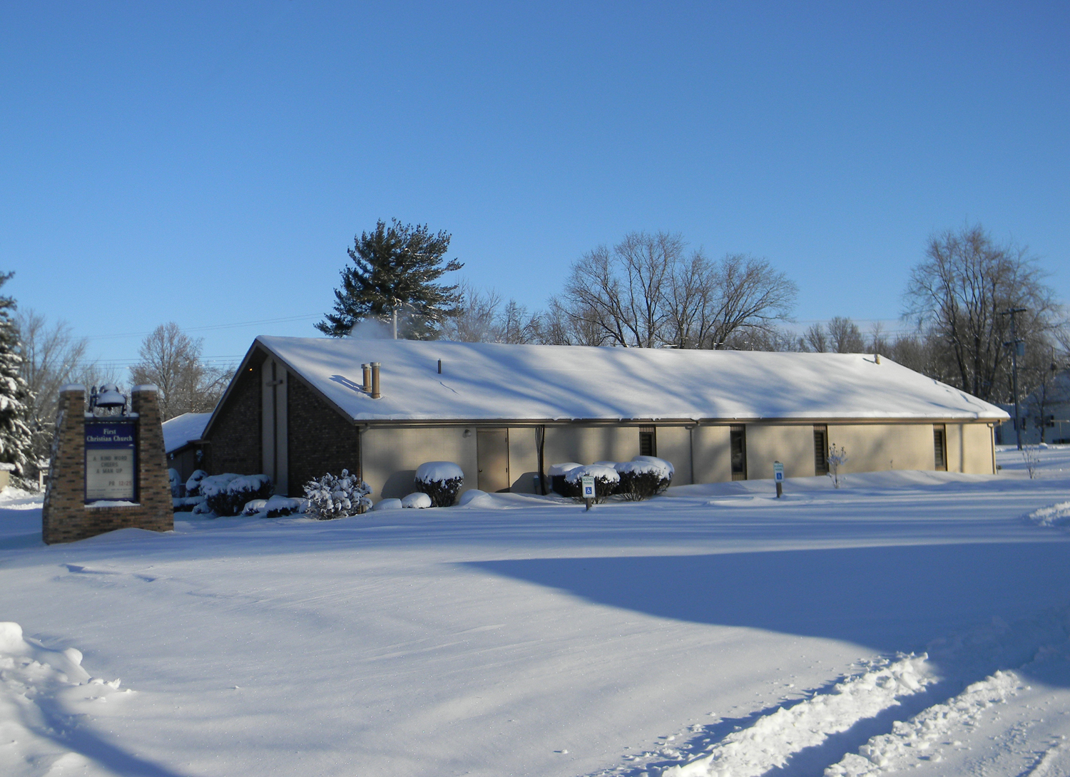 FirstChristianChurchSnowScene5in